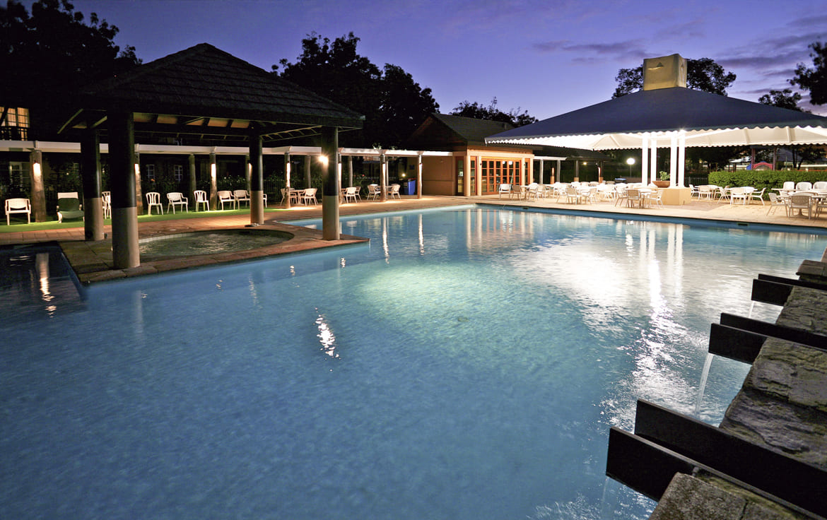 Novotel-Swan-Valley-Vines-Pool-1170x7361