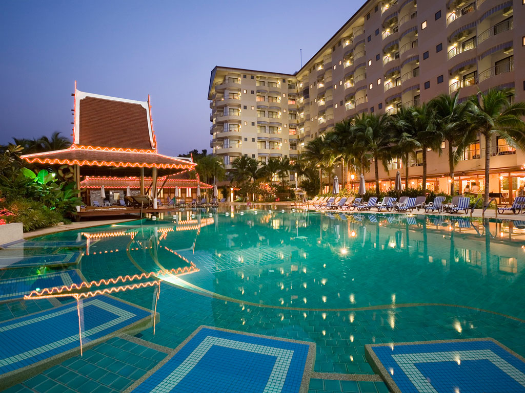 Mercure-Hotel-Pattaya-1