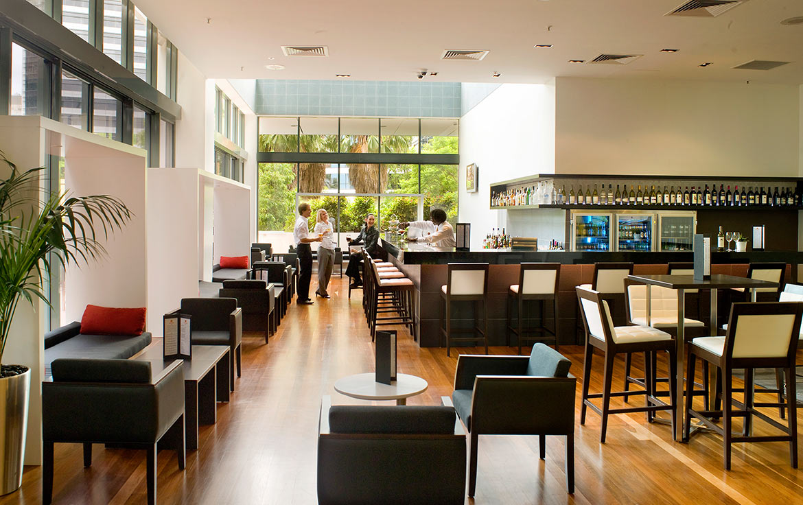 Novotel-Brisbane-The-Bar